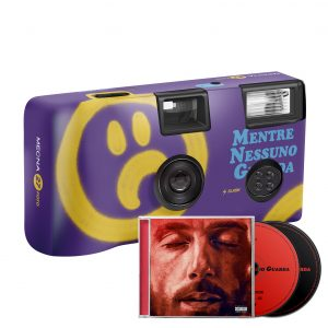 """Fotocamera """"MNG"""" + Doppio CD """"MNG Deluxe Edition"""" Autografato"""